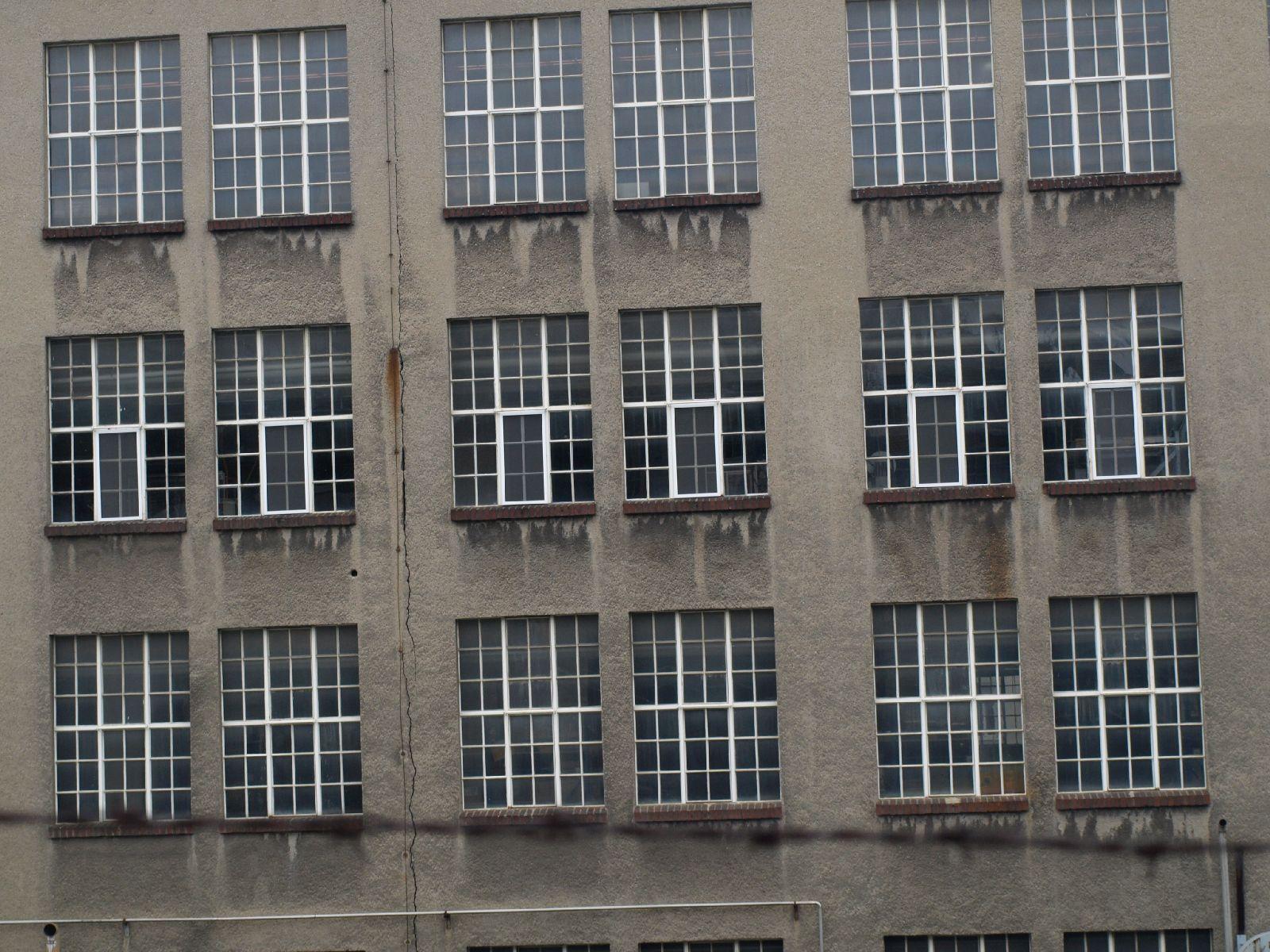 Gebaeude-Tueren-Fenster_Textur_A_P1048812