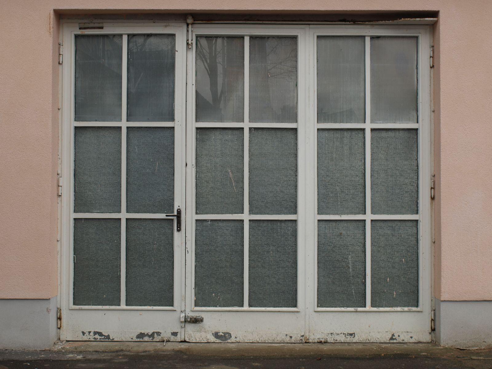 Gebaeude-Tueren-Fenster_Textur_A_P2080527
