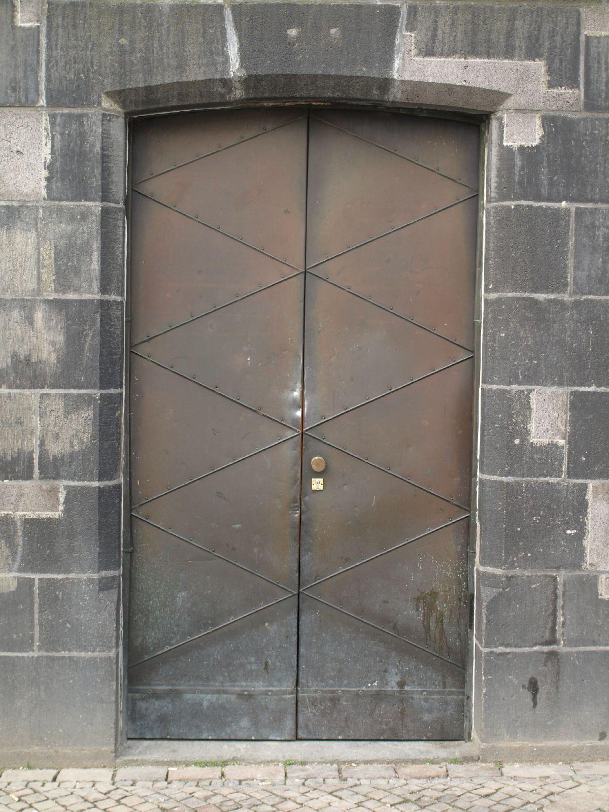 Gebaeude-Tueren-Fenster_Textur_A_P4110614