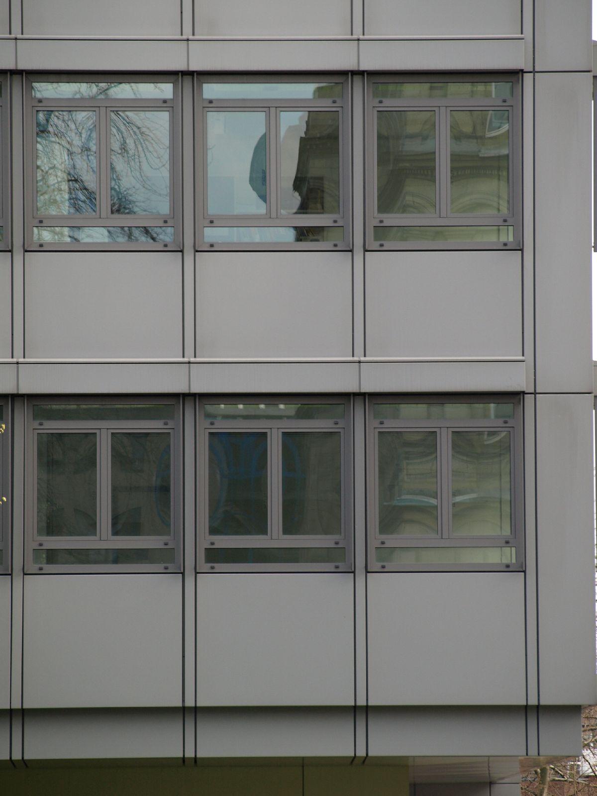 Gebaeude-Tueren-Fenster_Textur_A_P4131158