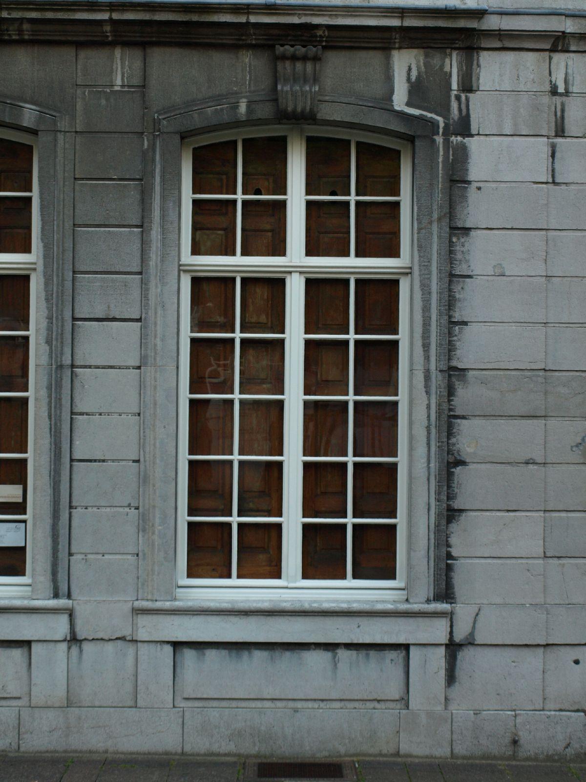 Gebaeude-Tueren-Fenster_Textur_A_P6223609