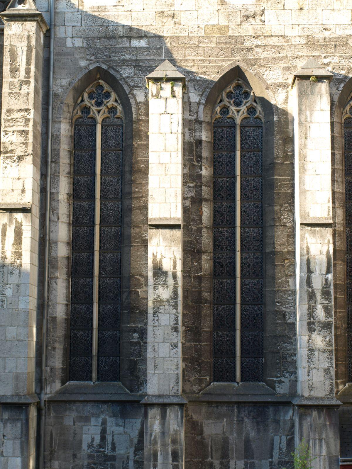 Gebaeude-Tueren-Fenster_Textur_A_P8164428