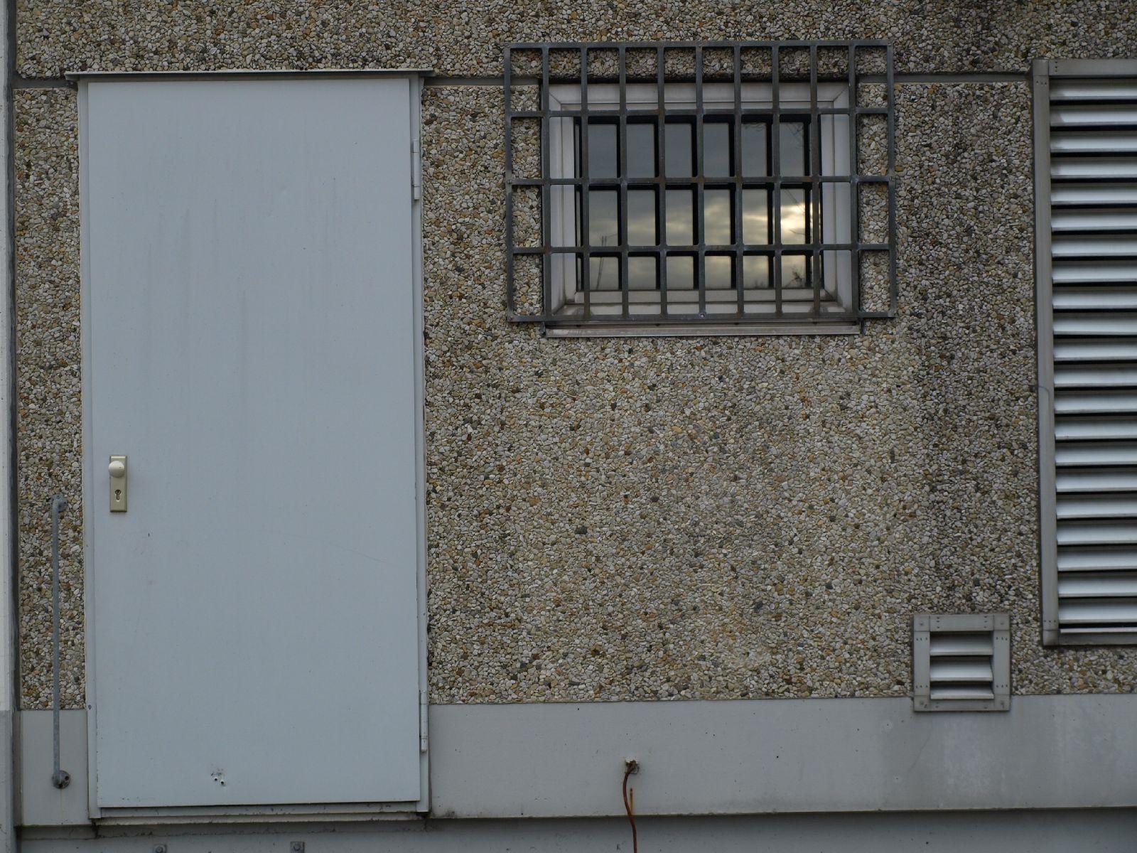 Gebaeude-Tueren-Fenster_Textur_A_PB026435