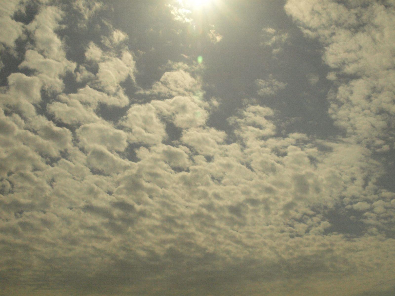 Himmel-Wolken-Foto_Textur_A_P4101916