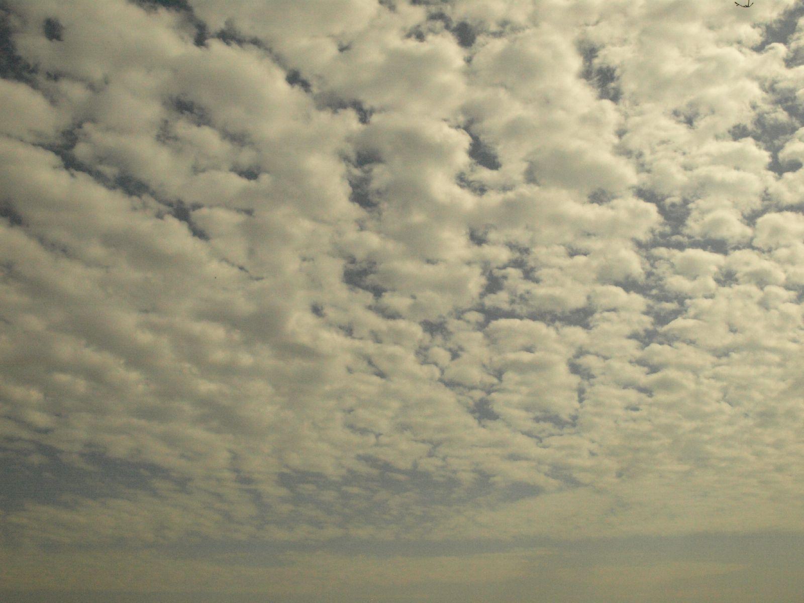 Himmel-Wolken-Foto_Textur_A_P4101918