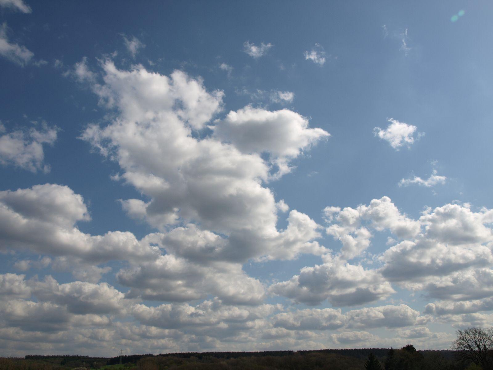 Himmel-Wolken-Foto_Textur_A_P4241755